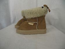 BNWT Little Boys or Girls Sz 12 Rivers Doghouse Brand Short Cream Slipper Boots