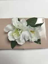 AVON Island Beauty Hair Comb -  White - Flowers With Beaded  Accent   NEW