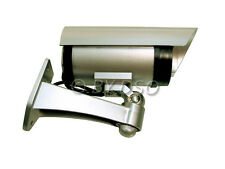 Am-Tech Replica CCTV Security Camera with Flashing LED Battery Powered
