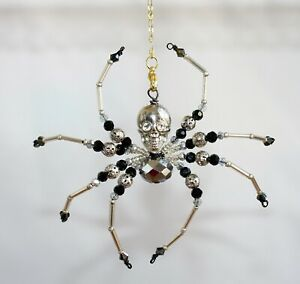 Beaded Spider (Silver Skull) - Ornament / Christmas Tree Decoration