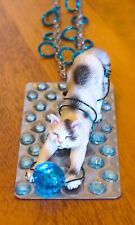 CAT LOVER CHARMING PENDANT MIXED MEDIA WITH STRETCHING CAT