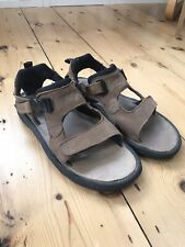 Reef Sandals Size 9