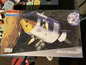 MONOGRAM 1/32 APOLLO SPACECRAFT Model Kit -#6061 SEALED No Reserve