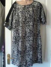 BLACK AND GREY TUNIC DRESS, SIZE 14