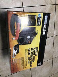 Chicago Electric Welding 240V Inverter Plasma Cutter w Digital Display 64808 NEW