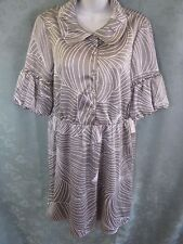 Vertigo Paris Dress Size Large Gray Geometric Print Shirtdress Stretch Satin NWT