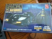 New AMT 1/25 1989 Batman Movie Batmobile w/ Resin Batman Figure