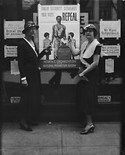 Women with anti-Prohibition posters and slogans 1932 New 8x10 Photo