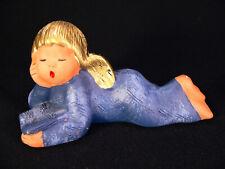 Singer Engel liegend m Buch Blau Jullar 16,3 cm singender Engel