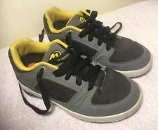 Heely's Rolling Roller Skate Shoes Us Youth 6 U.K 5 Black Yellow Grey 7603