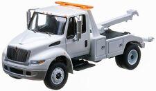 1/64 GREENLIGHT 2013 DURASTAR INTERNATIONAL 4400 TOW TRUCK
