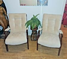 PAIR OF SUPERB MODERN CONTEMPORARY HIGHBACK FIRESIDE BUTTON BACK CHAIRS IN CREAM
