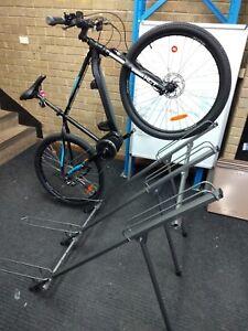 Minoura 3 Bike Storage Stand