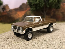 1984 GMC High Sierra K2500 4x4 Lifted Custom 1/64 Diecast Truck Farm Chevy K10
