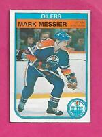 1982-83 OPC # 117 OILERS MARK MESSIER  CARD (INV# C3168)
