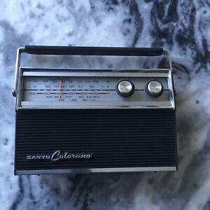 Vintage Sanyo Colorano Model 10G-831A10 Transistor 3 Band FM SW Portable Radio