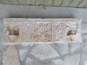 Linteau en pierre , Inde