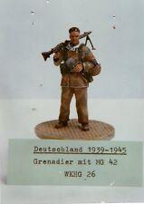 HECKER GOROS WKHG 26 - GRENADIER MIT MG 42 DEUTSCHLAND 1939-45 54mm WHITE METAL