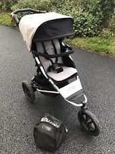 Mountain Buggy Urban Jungle With Rain Cover - FREE POST