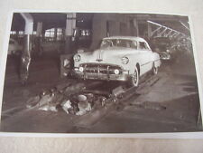 1949 PONTIAC CONVERTIBLE ON ASSEMBLY LINE  11 X 17  PHOTO   PICTURE