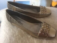 Tamaris Gino Ventori gold synthetc shoe with crystal detail  new&size 5