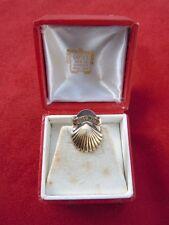 Cartier bijou boutonnière vermeil coquille saint jacques Shell 10 ans