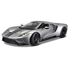 Maisto 2017 Ford GT 1:18 Diecast Model Car Silver With Stripes