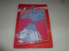 NEW ON CARD PETRA JEANS FASHIONS OUTFIT SET  VINTAGE  NOC PLASTY GERMANY FLOWER