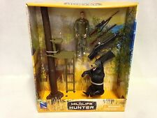 Bear Hunting Playset w/ Tree Stand, Figure, Rifle, Bear, Rifle Case,.New Ray Toy