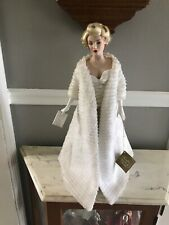 New Listingfranklin mint marilyn monroe porcelain doll All About Eve