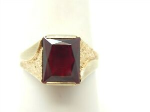 VINTAGE 10K YELLOW GOLD EMERALD CUT 3 CARAT CREATED RUBY SOLITAIRE RING SZ 6.75