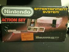 Nintendo Entertainment System Action Set Console - Gray Complete Boxed System