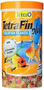 Tetra TetraFin PLUS Goldfish Flakes with Algae Cleaner Water Formula, 7.06 oz