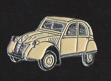Pin's voiture citroen 2 CV chevaux (beige / Qualité zamac)