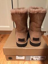 NIB Ugg boots women size 7 classic cuff short natural boots
