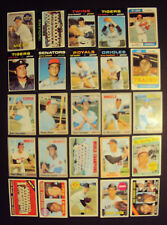1960's-1970's Topps Baseball 25 Card Lot(Bench,McLain, Hi #'s)-H