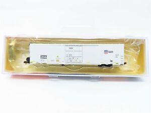 N BLMA Models 15042 ARMN Union Pacific 64' Plug Door Trinity Reefer #111344