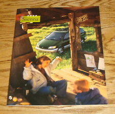 Original 2000 Toyota Sienna Sales Brochure 00 CE LE XLE