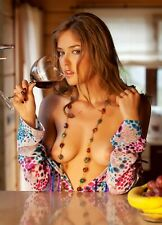 """Photo """"Girl with a glass of wine"""".  Photo from the author."""