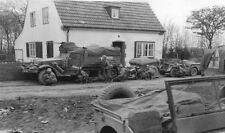 WW2 Photo WWII US Army Troops Under Fire In France World War Two  Normandy/ 1225