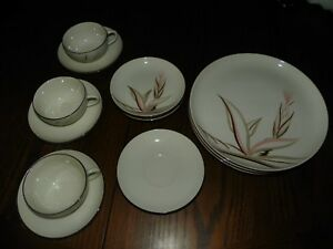VINTAGE WINFIELD WARE HANDCRAFTED CHINA (SANTA MONICA, CAL)