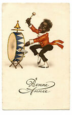 PERSONNAGE NOIR.MUSICIEN MUSICIAN BLACK CHARACTER.DRUMS.TAMBOUR.PERCUSSIONS.