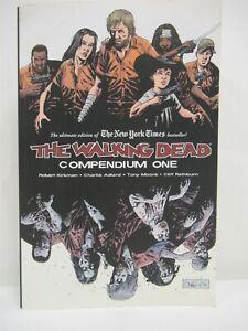 The Walking Dead: Compendium One - Robert Kirkman Image Comics 4th printing 2010