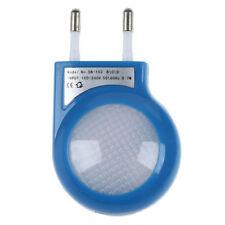 Lámpara Nocturna LED Sensor Azul 0.7W con Enchufe Bajo Consumo T5