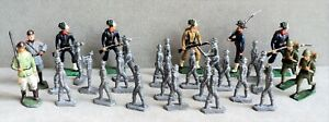 30 Vtg TOY LEAD Tin SOLDIERS 21 Flat Lead Unpainted & 9 Larger Painted -Assorted