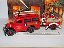 MATCHBOX MODELS OF YESTERYEAR 1950 FORD E83W VAN EMERGENCY FIRE SERVICE YFE18