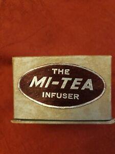 The Mi-Tea Infuser Vintage Tea Pot Design. Chrome.