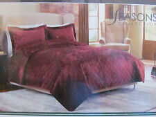 New Soft & Cozy Plush Reversible to Satin King Quilt & Pillow Shams in Burgundy