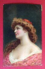 CPA. Illustrateur HENRION. 1908. Tête de Femme. Charme. Épaules dénudées.