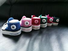 Babychucks Babyschuhe Chucks Handarbeit Geschenk gehäkelt gestrickt Farbwahl Neu